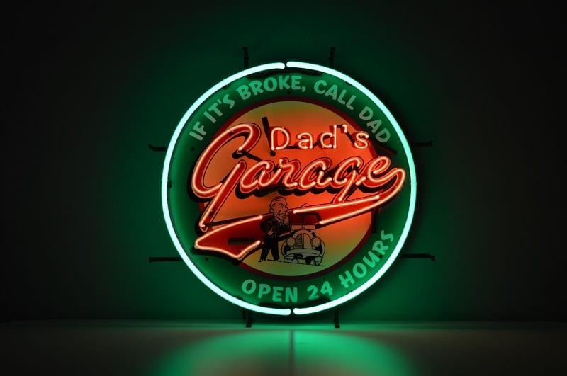 Insegna al Neon Dad's Garage