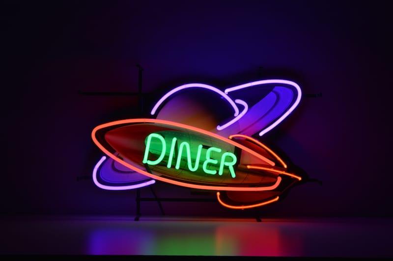 Insegna al Neon Diner